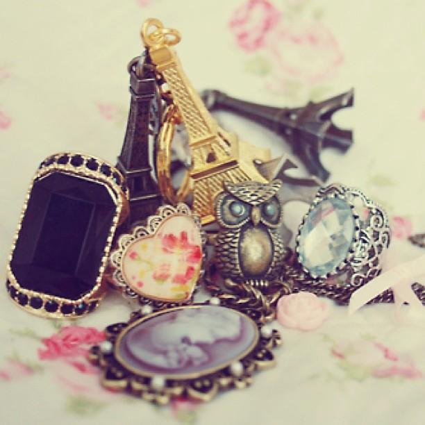 Bijoux souvenirs de Paris