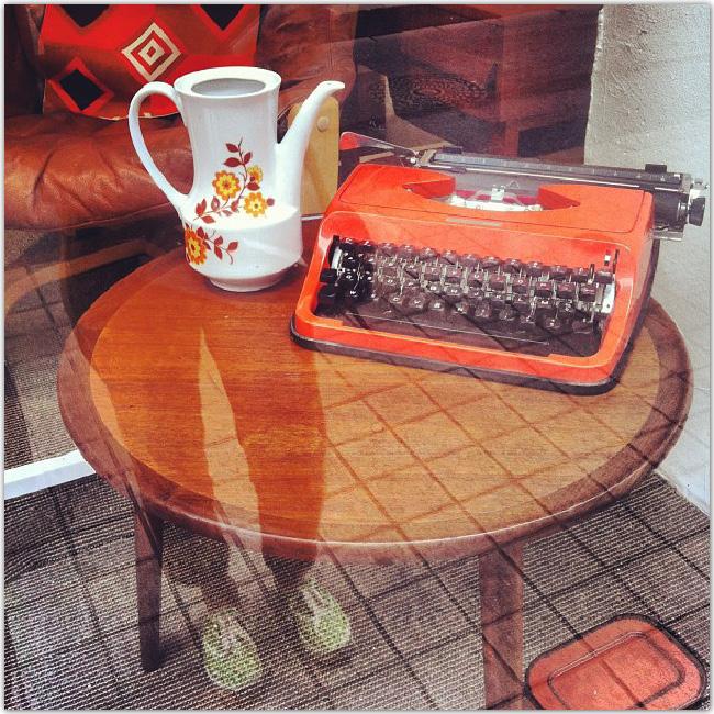 machine à écrire orange