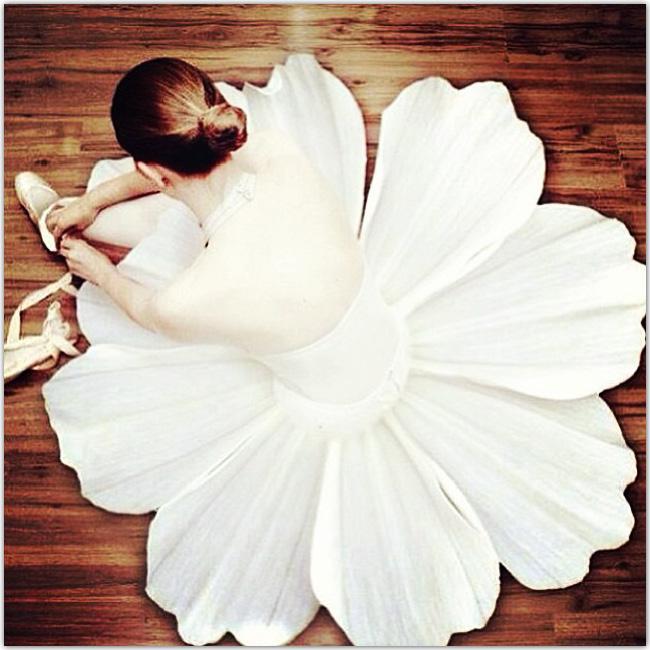 Robe de danseur en forme de fleur