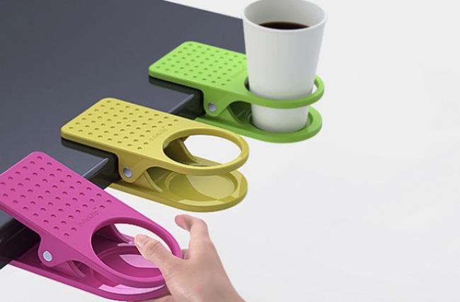 Support-clip pour tasse