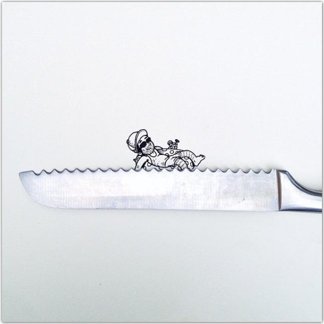 Illustration d'un personnage qui se beigne sur un couteau