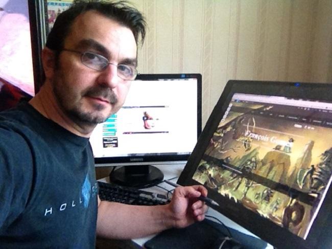 François qui travaille sur son site Wix