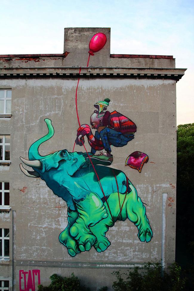 Art urbain par Etam : Baloon