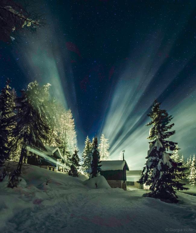 Bright Starry Sky of Cibiana Pass, Dolomites, Italy par Giorgia Hofer