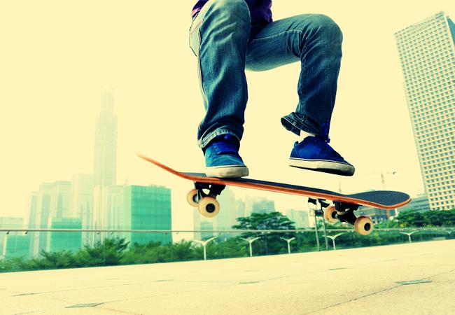 Skateboard : image Bigstock